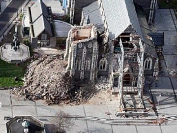damaged christchurch cathedral